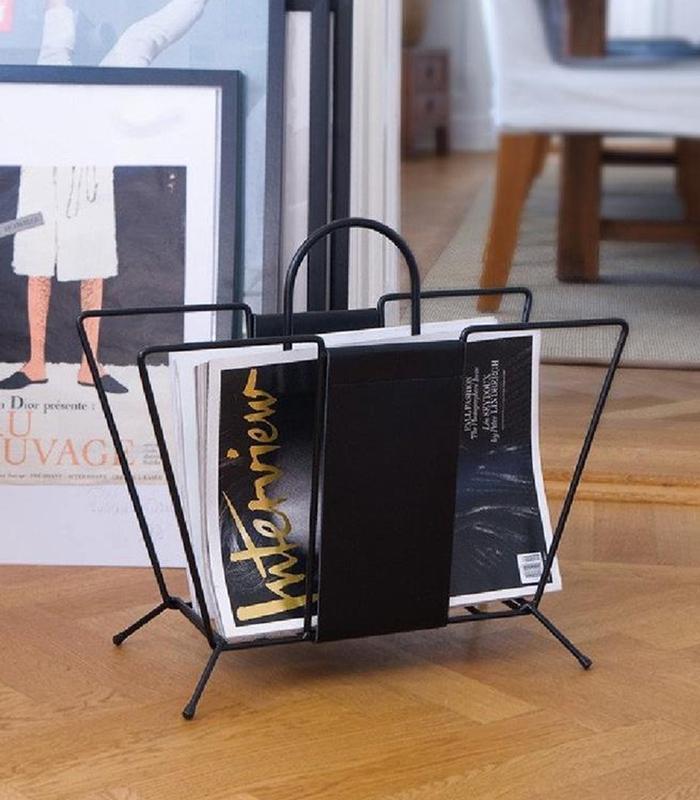 Maze Suitcase Newspaper Holder black 1